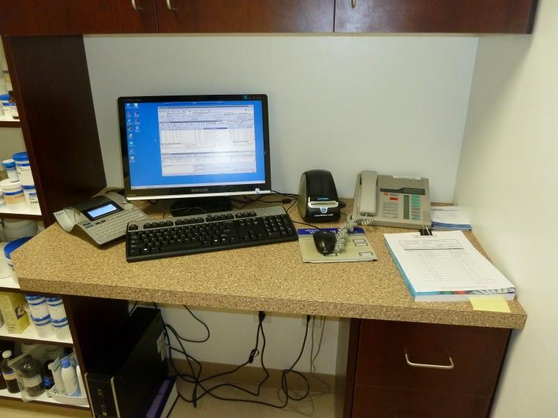 P1090165_Workstation-e1389144933945